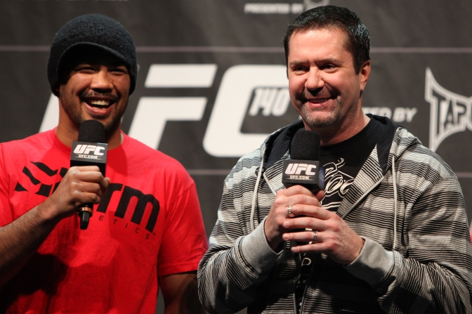 MMA Crossfire – UFC's Mike Goldberg apologizes for response to critical NFL debut comments